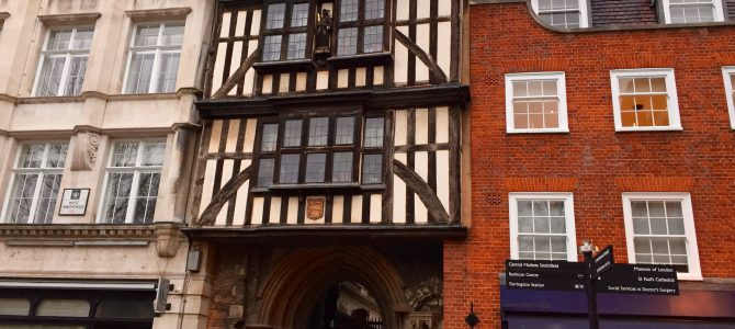 Luxury Livvy does Shakespeare and Dickens  – on a London walk