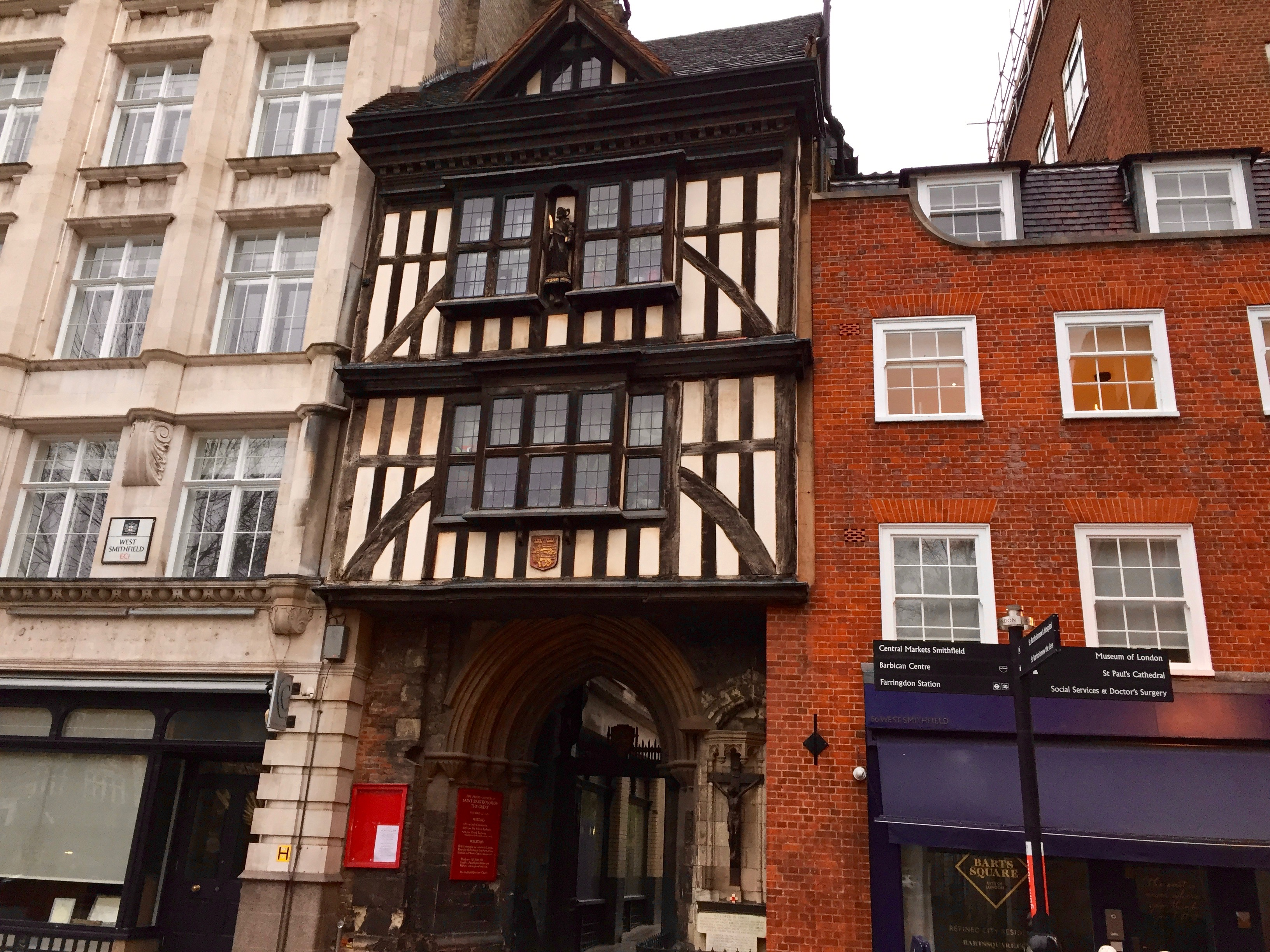 A guided London walk – Shakespeare and Dickens