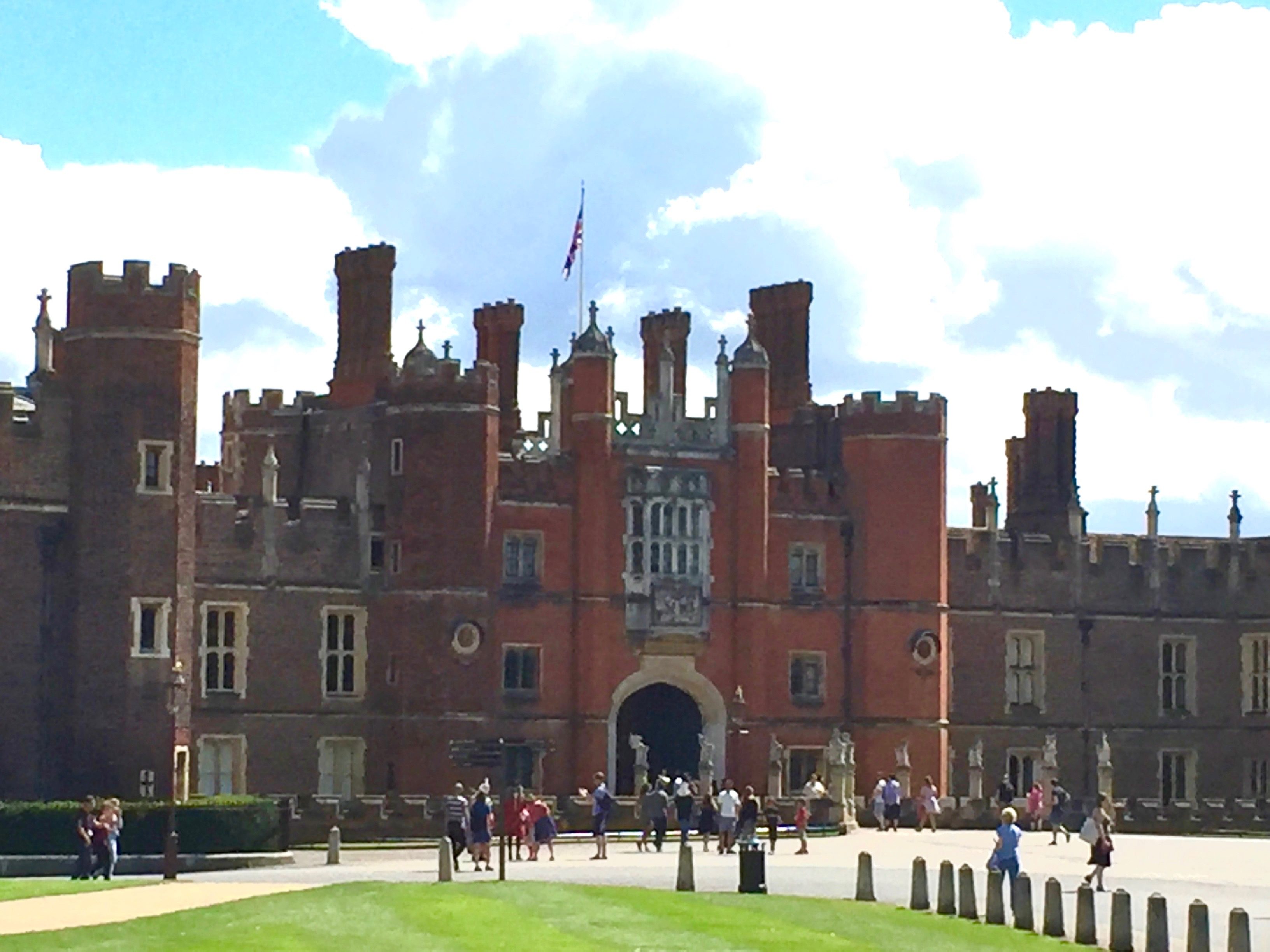 A visit to Hampton Court Palace by riverboat from Richmond